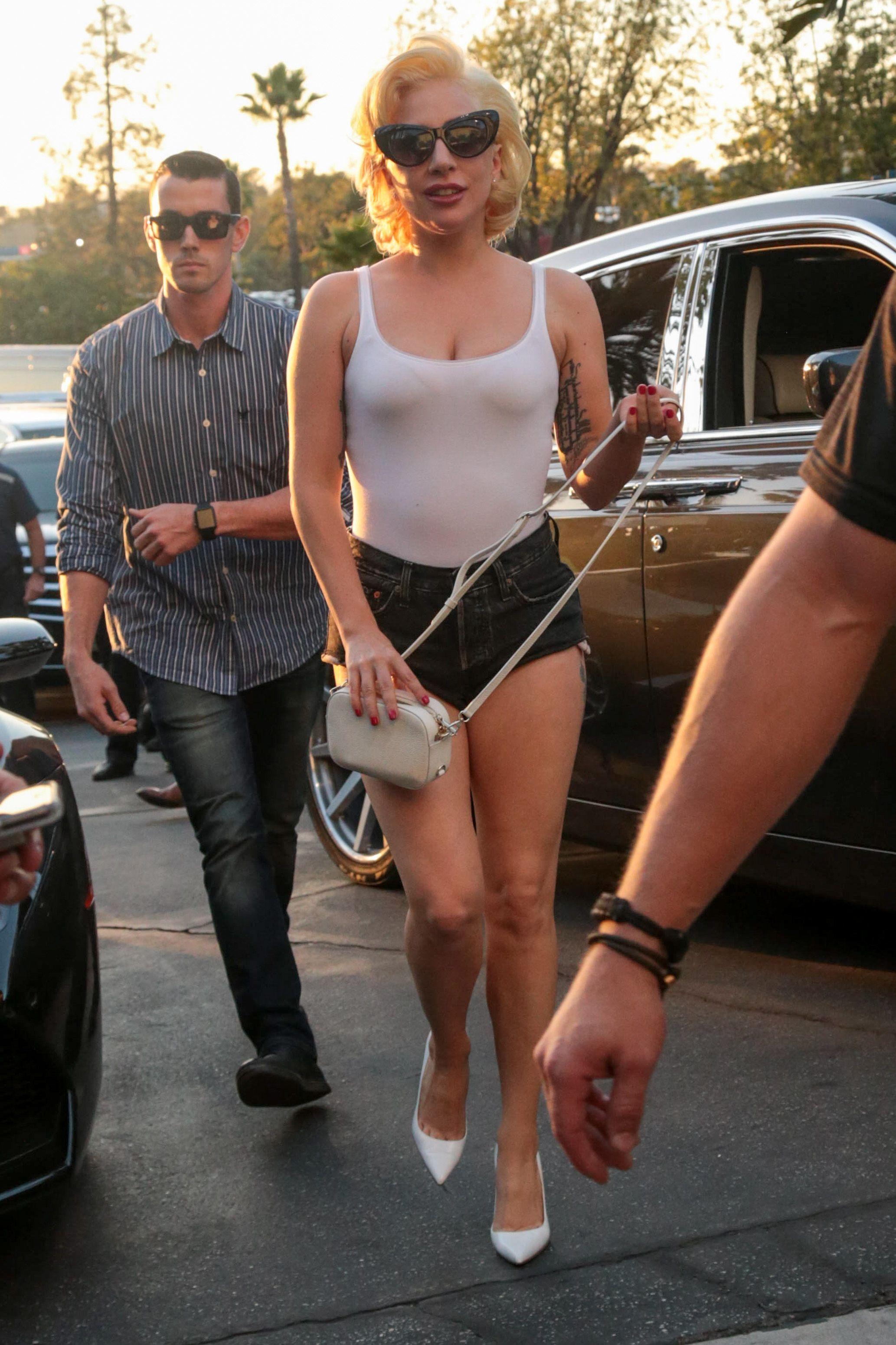 Lady Gaga : Sa catastrophique statue de cire a failli lui faire perdre le sourire !