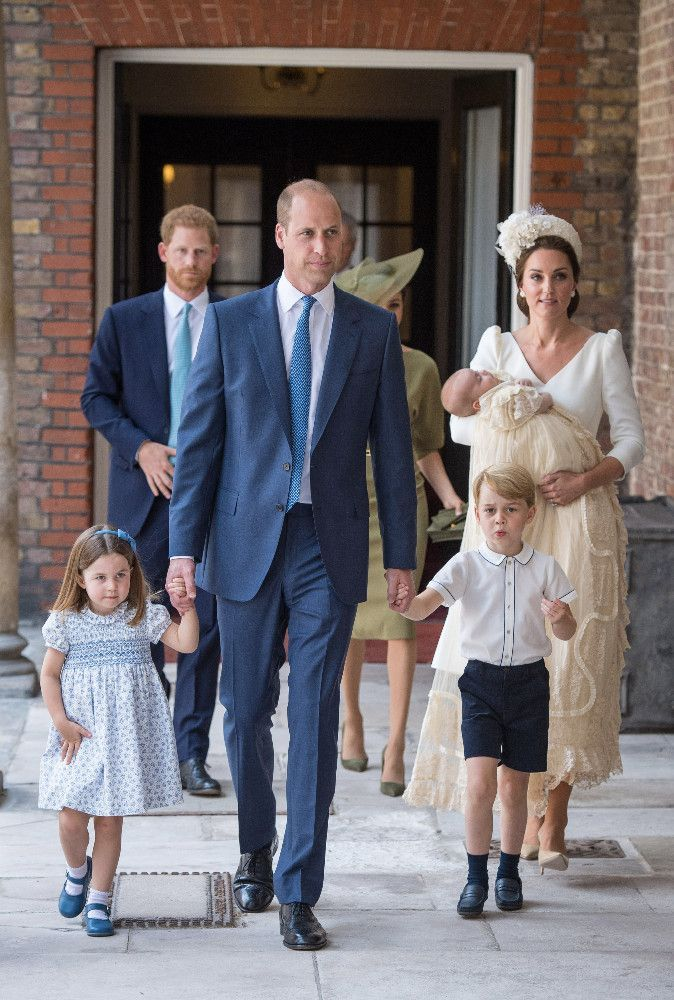 Public Royalty : Découvrez les clichés du baptême du prince Louis