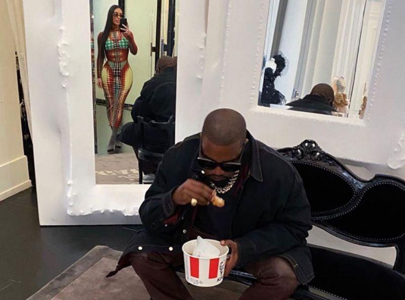 PHOTOS - Quand Kim Kardashian et Kanye West mangent au KFC à Paris...