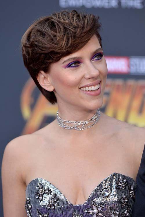 Scarlett Johansson officialise ENFIN avec son nouveau mec !