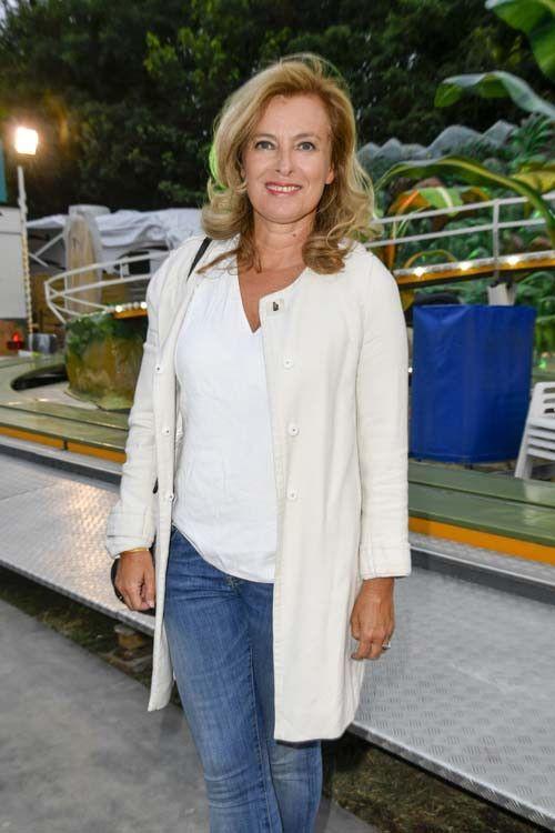 Valérie Trierweiler, c'est l'amour à la plage avec Romain !