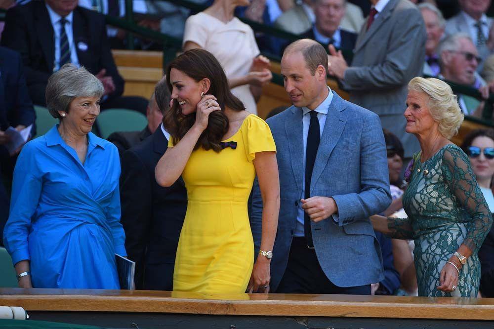 Public Royalty : cette mystérieuse bague que Kate Middleton portait déjà avant d'épouser William...