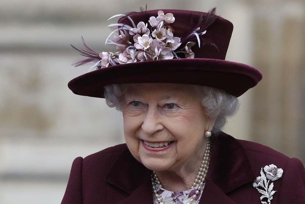 Reine A Validé Le Harry Enfin Public RoyaltyLa Et Mariage De Meghan qMGUSzLVp