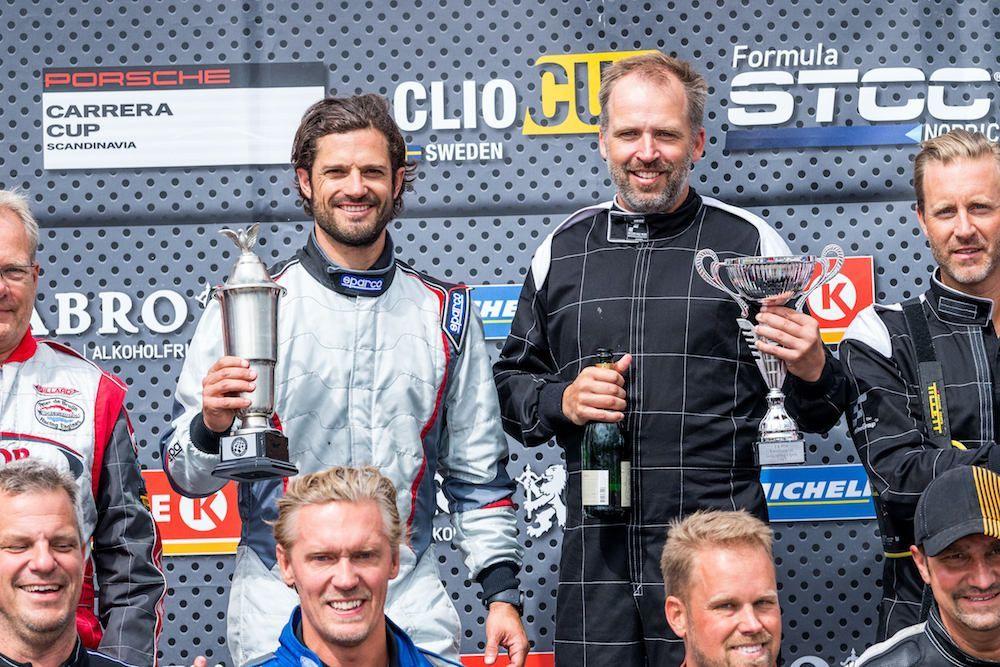 Public Royalty : Le prince Carl Philip champion de… karting !