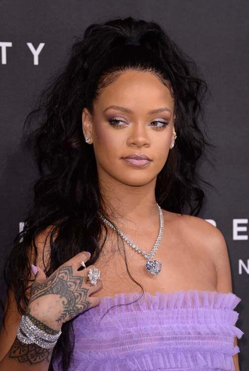 Rihanna humiliée, elle charge Snapchat :