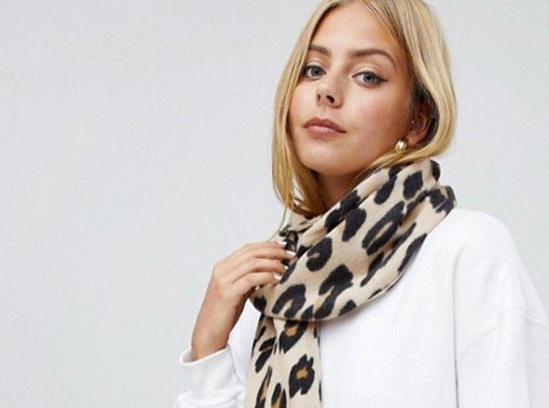 6ff6aec1fb3 Shopping Asos   12 écharpes à moins de 17 euros pour affronter le froid avec  style