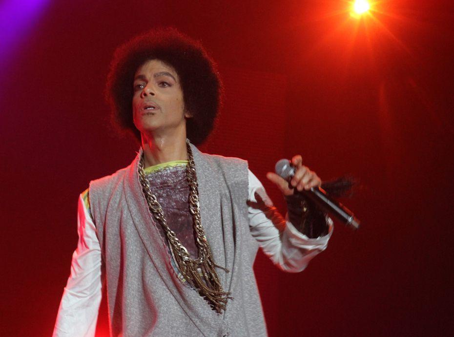 Whitney Houston, Michael Jackson, Prince... ces stars qui ont succombé à leurs addictions !