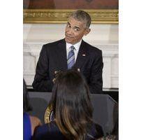 Public (bad) buzz : la chienne des Obama mord une adolescente au visage...