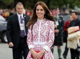 Photos : Kate Middleton : sa robe la plus chère en 2016 coûte...