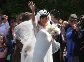 Lily Allen : elle a perdu sa robe de mariée signée Chanel !
