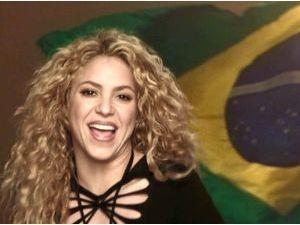 Mondial 2014 : Shakira : elle jubile après la victoire de la Colombie... Pendant que Gerard Piqué continue de faire profil bas !