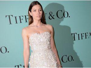 Jessica Biel : éblouissante et glamour pour la soirée Tiffany & Co !