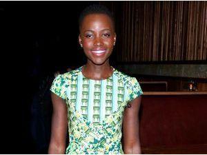 Lupita Nyong'o : ultra lumineuse dans son look acidulé !