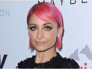 Nicole Richie : fini les coups de blues, elle voit la vie en rose !