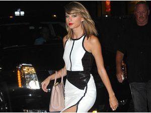 Taylor Swift : divine moulée de cuir !