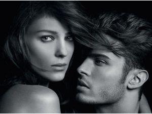 Beauté : Baptiste Giabiconi : égérie torse nu et sexy du nouveau parfum Karl Lagerfeld !