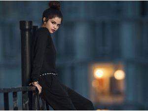 Mode : Photos : Selena Gomez : craquante pour la nouvelle campagne Adidas !