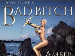 """Amber Rose : un Cupidon """"Bad B*tch"""" pour son livre !"""