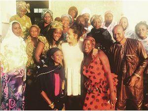 Amel Bent : retour au Sénégal, retrouvailles avec ses lionnes !