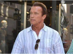 Arnold Schwarzenegger : pour Noël, il n'a pas oublié son fils illégitime... Loin de là !