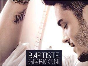 """Baptiste Giabiconi : découvrez son nouveau single, """"Je t'emmène avec moi"""" !"""
