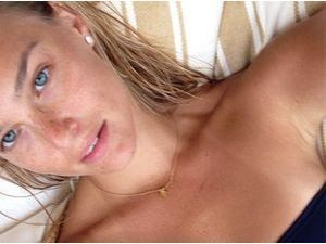 Bar Refaeli : sans make-up, le mannequin est au top !