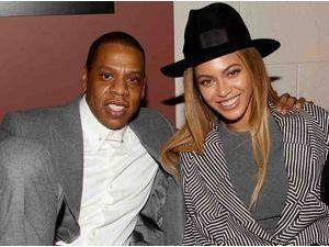 Beyoncé : rumeurs de divorce, clash entre Jay Z et Solange, bébé n°2... Sa cousine dit tout !