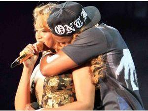 Beyoncé : sa mère Tina dément les rumeurs de divorce !