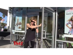 Charlize Theron : Elle part sans payer d'un café de Los Angeles !