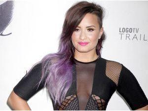 Demi Lovato : elle révèle pour la toute première fois l'homosexualité de son grand-père !