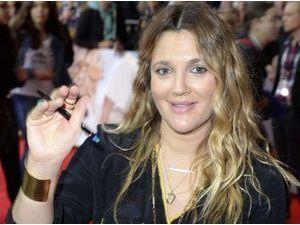 Drew Barrymore : c'est confirmé, sa demi-soeur a succombé à une overdose...