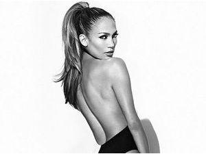"""Jennifer Lopez : elle dévoile la pochette de son prochain single """"Booty"""""""