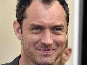 Jude Law : de nouveau en couple, découvrez qui est l'heureuse élue !