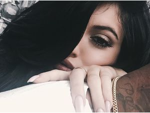 Kylie Jenner : elle confirme en photo sa relation avec Tyga ?