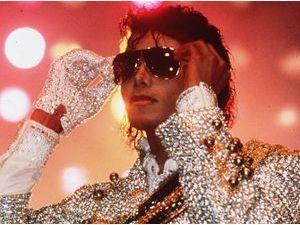 Michael Jackson : le Roi de la Pop reste la star disparue qui rapporte le plus !