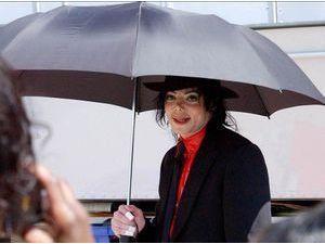 Michael Jackson : une nouvelle fois soupçonné d'abus sexuel sur mineur !