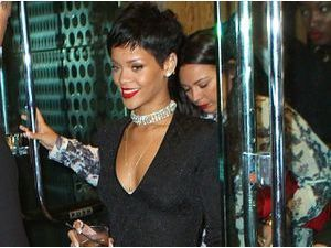 Rihanna à la sortie d'une after party à New York, le 25 août 2013
