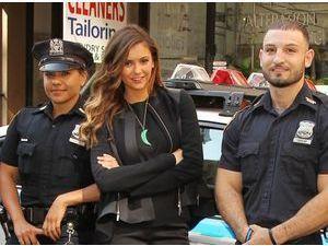 Nina Dobrecv : elle a des fans même dans la police !