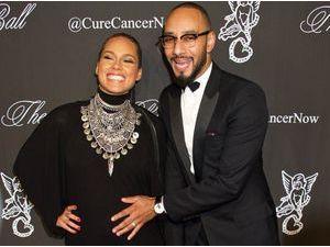 Photos : Alicia Keys : sa grossesse, un nouveau bonheur qu'elle partage à 100% avec Swizz Beatz !