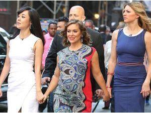 Photos : Alyssa Milano : entourée de ses copines de Mistresses pour le lancement de la saison 2, la star enceinte rayonne !