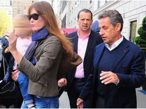 Photos : Carla Bruni-Sarkozy et Nicolas Sarkozy : bye bye New-York, direction Los Angeles !