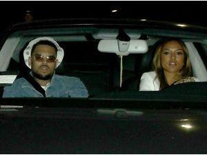 Photos : Chris Brown et Karrueche Tran : ils ne se lâchent plus alors que Rihanna ne souhaite que du bonheur à son ex !