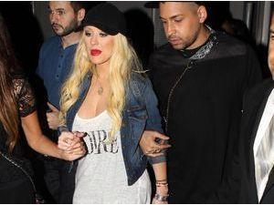 Photos : Christina Aguilera : au top pour sa première apparition post-grossesse !