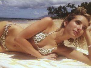 Photos : Emma Roberts : elle joue les belles naïades à Hawaï !