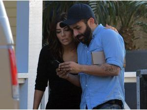 Photos : Eva Longoria : fait-elle des infidélités à Antonio sur le tournage de sa nouvelle pub L'Oréal ?