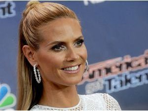 "Photos : Heidi Klum : elle dégaine le sourire de star pour ""America's Got Talent"" !"