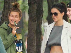 Kendall Jenner, Hailey Baldwin et Jaden Smith : le trio de choc est à New York !