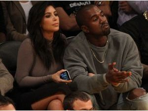 Photos : Kim Kardashian et Kanye West : témoins de la terrible défaite des Lakers à domicile !