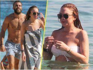 Photos : Lindsay Lohan : en véritable naïade, elle continue d'exhiber son bikini body en charmante compagnie !