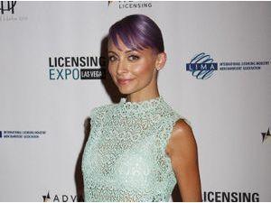 Photos : Nicole Richie : radieuse en solo, elle mise tout sur la transparence !